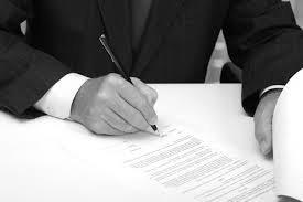 El poder de dirección del empresario no le autoriza a desconocer los derechos del trabajador reconocidos en leyes extra-laborales