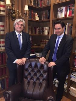 Nuestro departamento de derecho fiscal con abogados especialistas