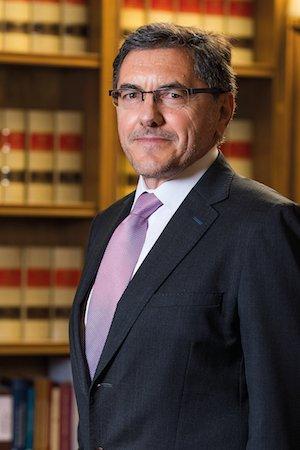 Tomás de Abajo especialista en derecho administrativo